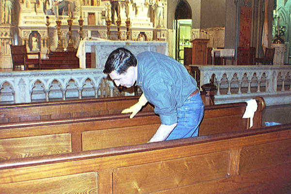 Church_cleaning.bmp (720054 bytes)